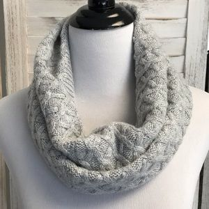 H&M Infinity Scarf in Grey